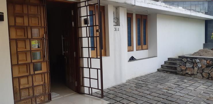 Guest House Pondok Padang - Facade