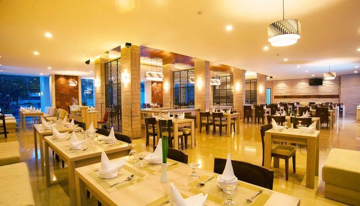 Lombok Raya Lombok - Bayan Restaurant