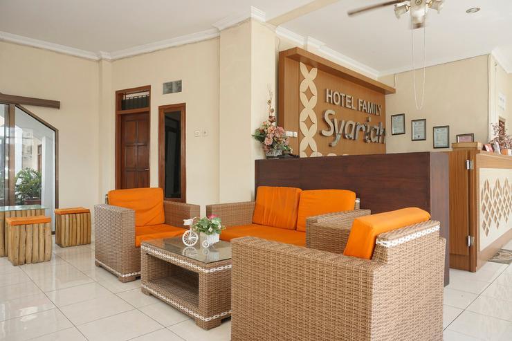 OYO 398 Hotel Family Syariah 2 Yogyakarta - COMMON AREA