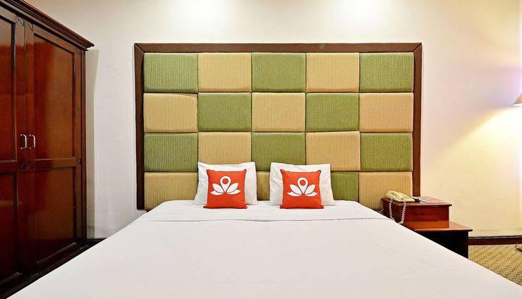ZenRooms Pluit Raya Selatan Jakarta - Tampak tempat tidur double