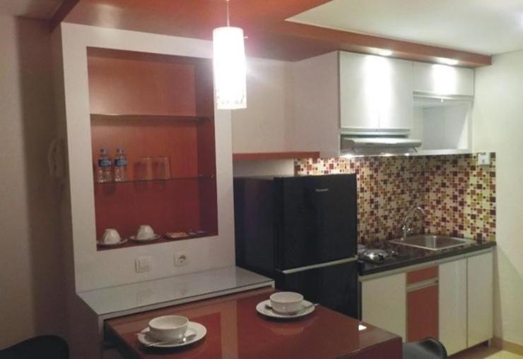 Altiz Apartment bintaro by Pays Rooms Tangerang Selatan - Kitchen
