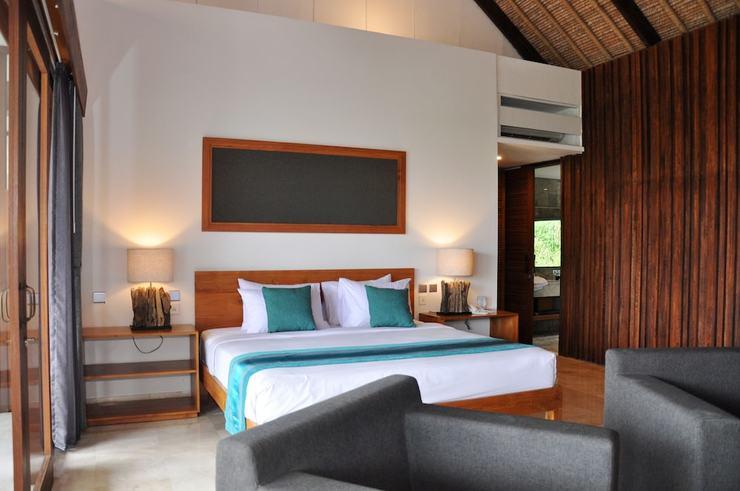 Blue Point Bay Villas and Spa Bali - Guestroom
