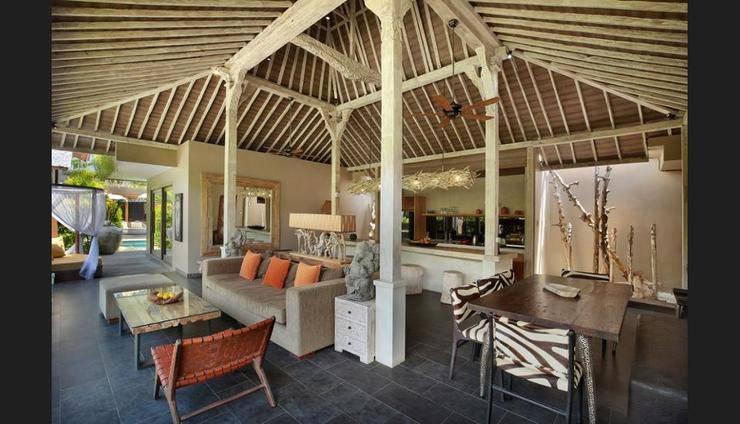 XXL Seminyak Sunset Boutique Villa Bali - Featured Image