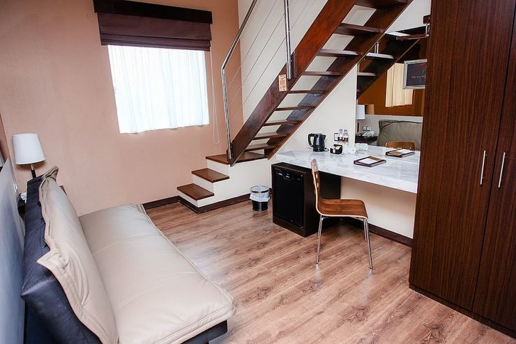 Favor Hotel Makassar - Guestroom