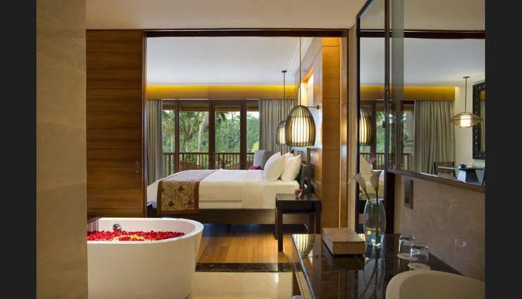 Padma Resort Ubud - Bathroom