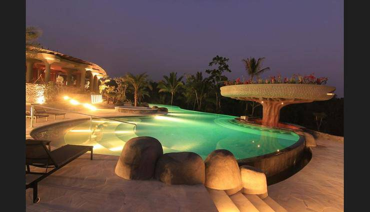 Padma Resort Ubud - Outdoor Pool