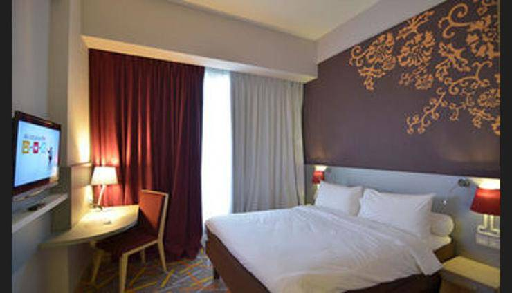 Ibis Styles Malang - Guestroom