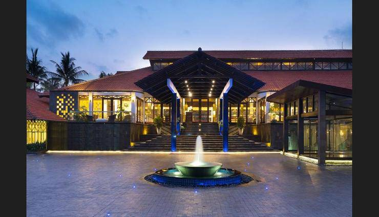 Sheraton Hotel Lampung - Featured Image