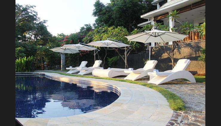 Villa Lilly Bali - Outdoor Pool