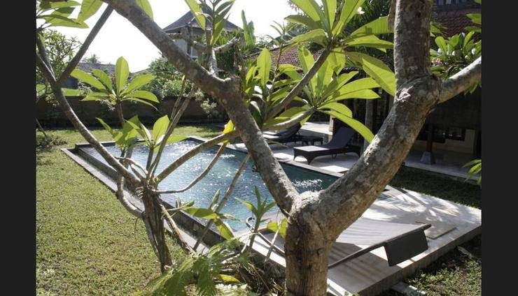 Rumah Dadong Bali - Featured Image