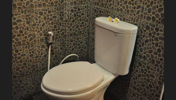 Kubudiuma Villas Bali - Bathroom