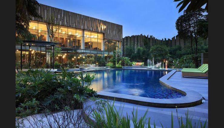 Holiday Inn Jababeka Cikarang - Featured Image