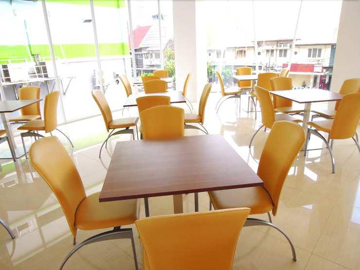 Whiz Hotel Cikini Jakarta - Dining