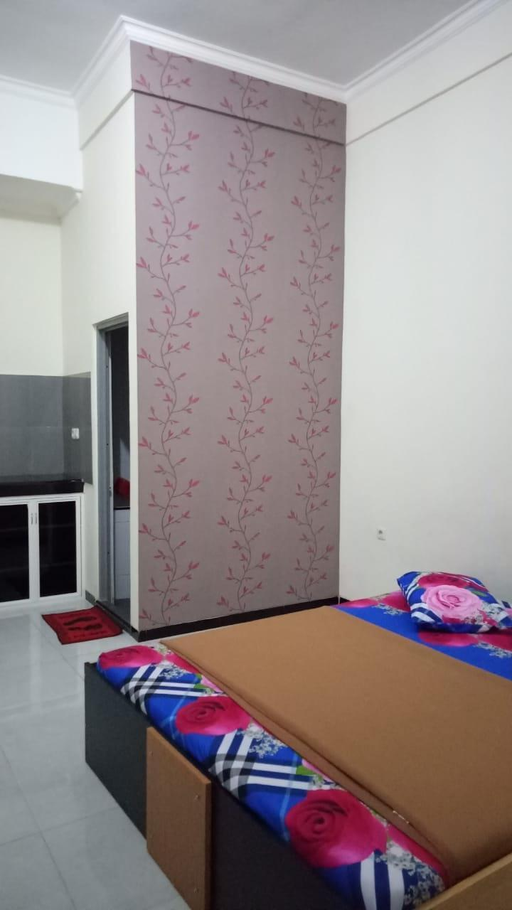 Guest House 180 Malang - Room