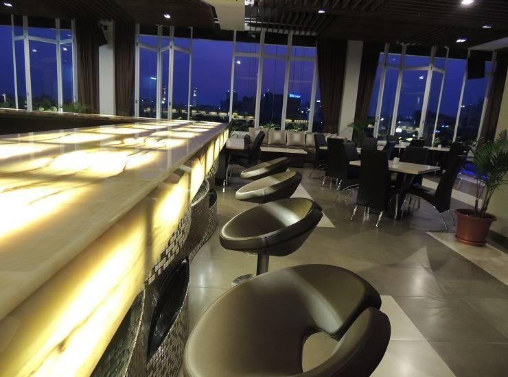 De Rain Hotel  Bandung - Bar