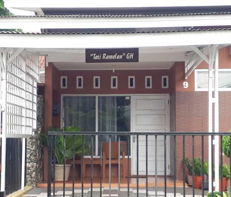 Tati Ramelan Guest House Banyumas - Tampak Depan