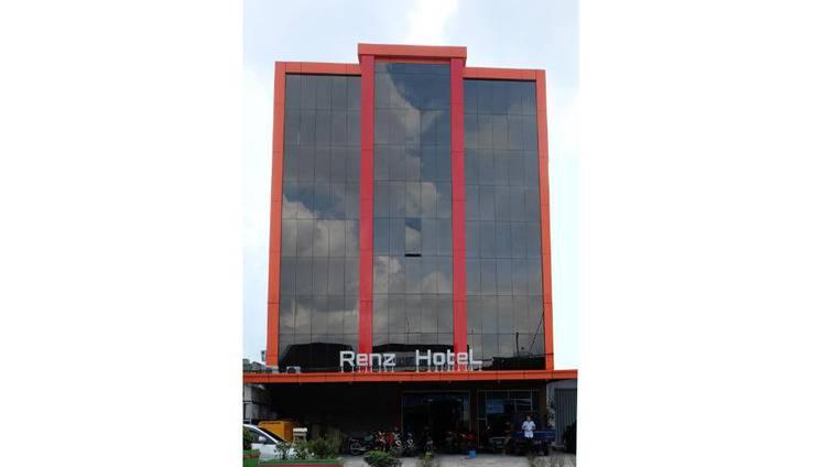 Renz Hotel Pangkalpinang - Exterior