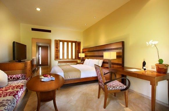 The Santosa Villas & Resort Lombok - Kamar Deluxe Suite