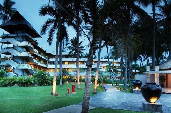 The Santosa Villas & Resort Lombok - Tampilan Luar