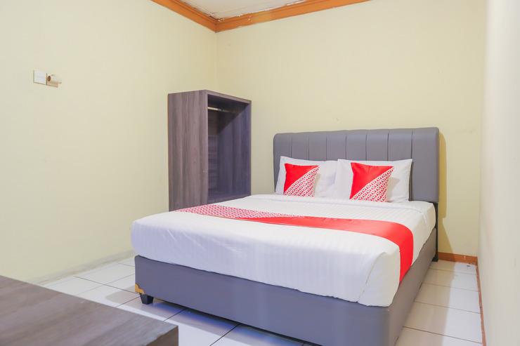 OYO 2840 Arcadia Residence Near RSU Taman Sari Jakarta - Bedroom