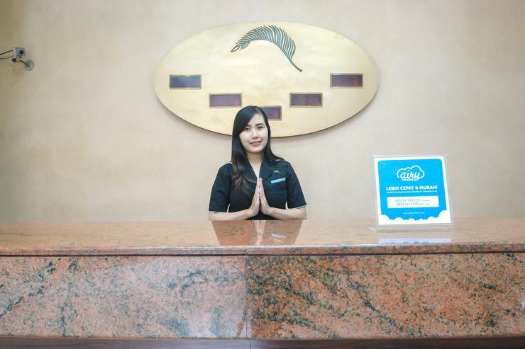 Airy Balai Kota Merdeka 34 Bandung - receptionist