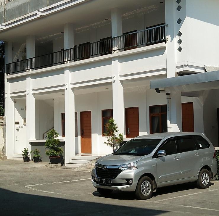 Hotel Netral Jombang - Bangunan Deluxe