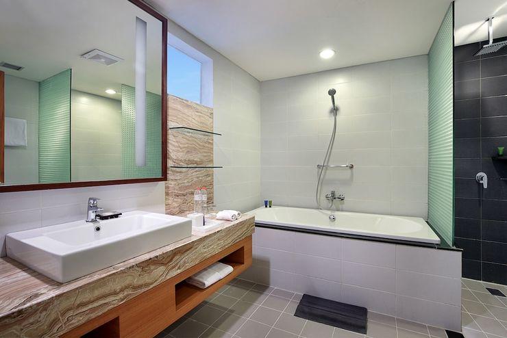 Aston  Solo - Bathroom
