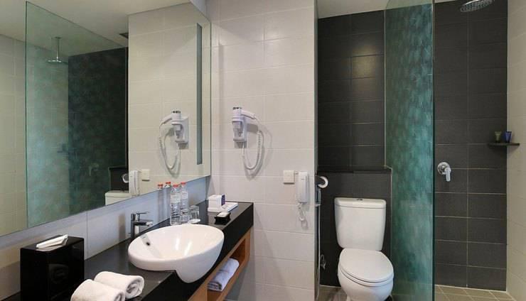 Aston  Solo - Deluxe Bathroom