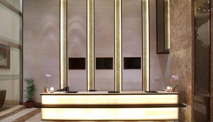 Aston  Solo - Reception