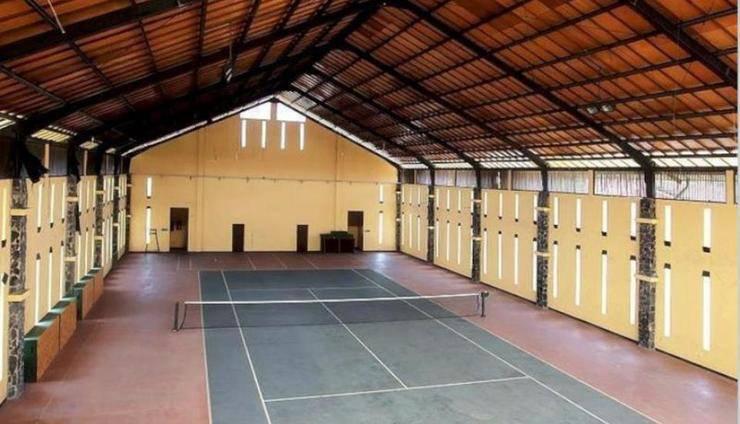 Villa Alila Istana Bunga Lembang Bandung - Tenis