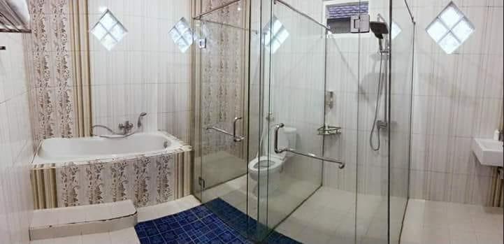 Dempo Flower Pagaralam Pagar Alam - Bathroom