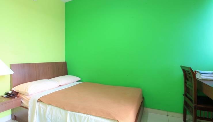 The Nancys Home Stay Pekanbaru - Room