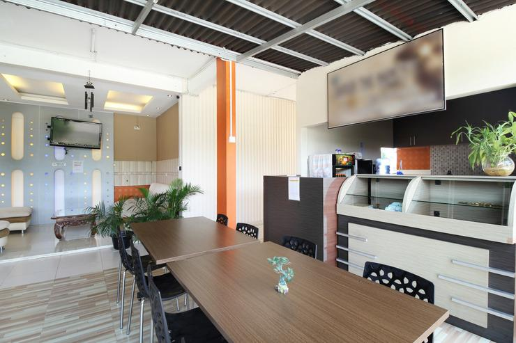 The Nancys Home Stay Pekanbaru - Common Space
