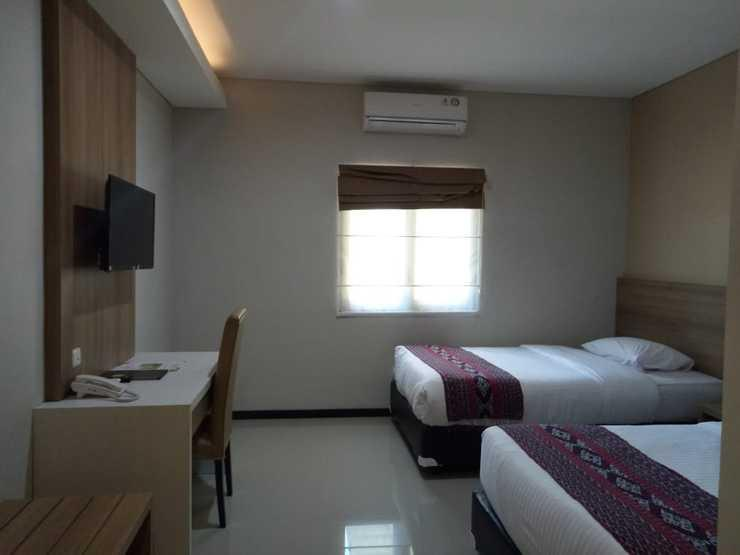 Palm Beach Resort Jepara Jepara - STANDARD TWIN