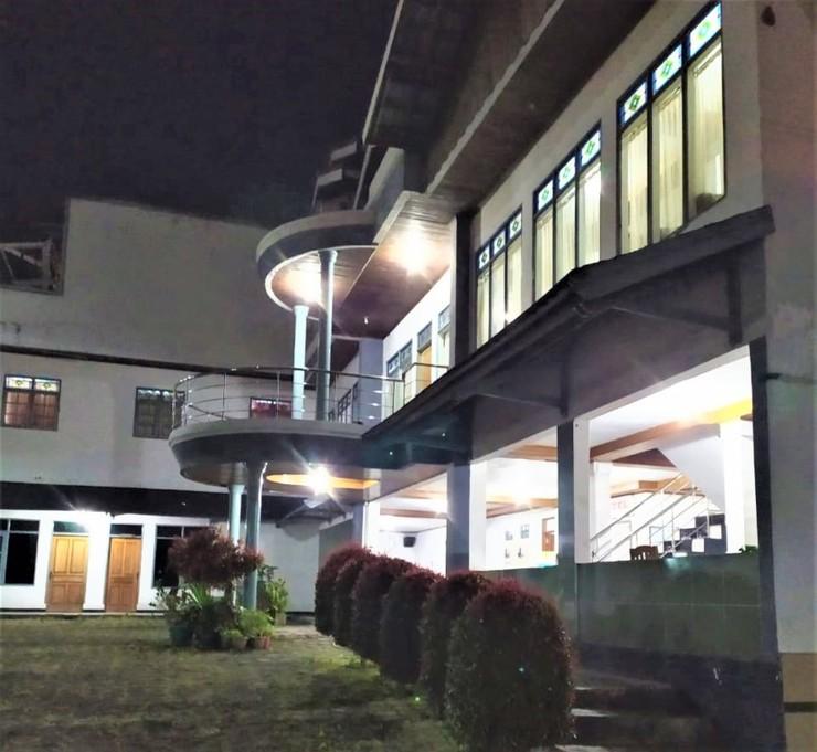 Abang Hotel Ciwidey Bandung - Exterior
