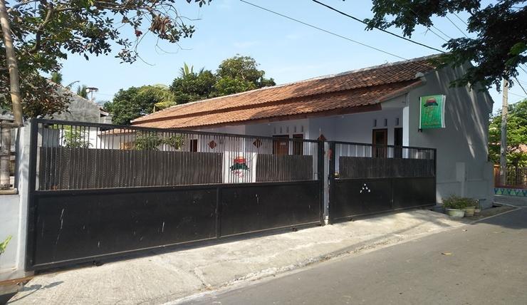 Umah Isun Guest House Banyuwangi - Exterior