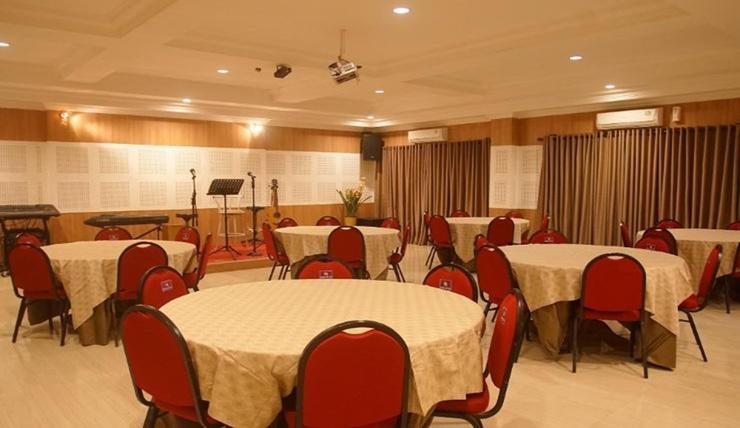 Kendari Suite Hotel Kendari - Interior ruangan meeting