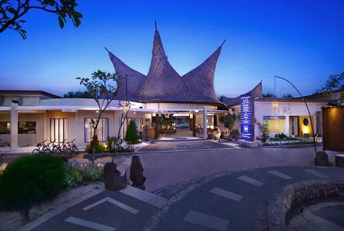 Aston Sunset Beach Resort - Gili Trawangan - Tampilan Luar