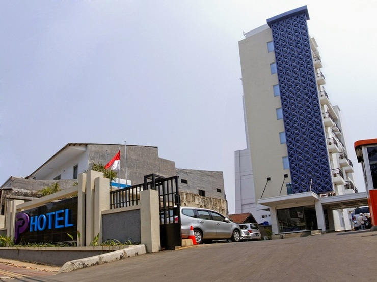 P Hotel Jakarta - Bangunan