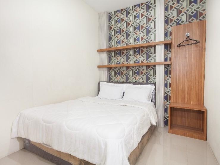 D'Lima Guesthouse Exclusive Surabaya - Guestroom