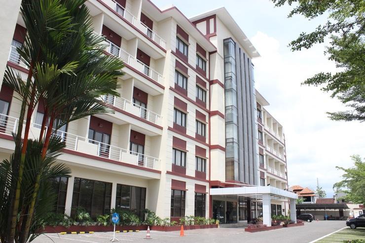 Hotel Surya Yudha Purwokerto Banyumas - Exterior
