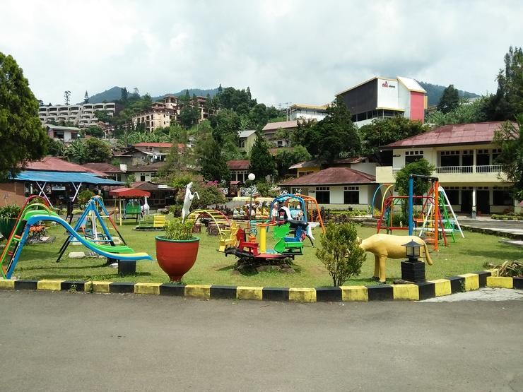 Ciloto Indah Permai Puncak - Children Playground