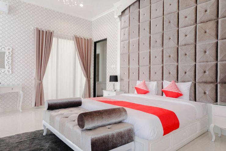 OYO 1110 Ijen Boutique Lodge Malang - Bedroom