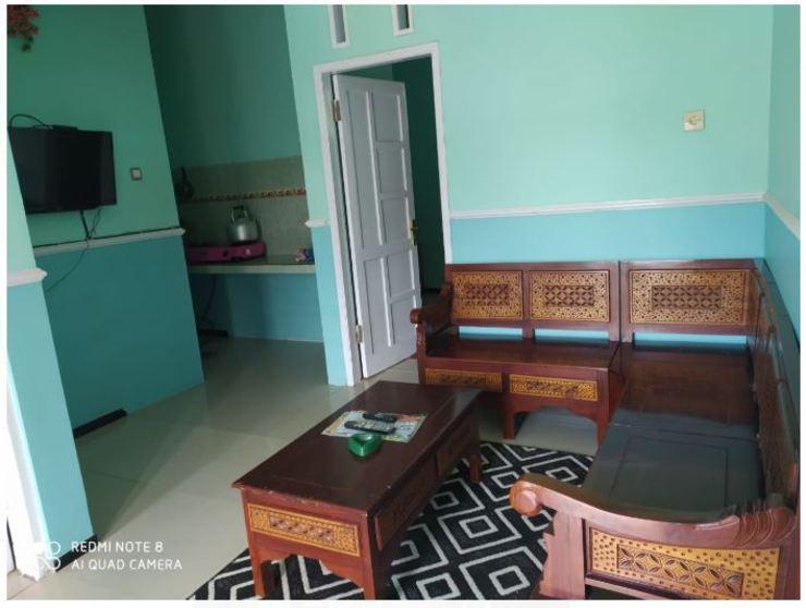 Guest House Biru Malang - Interior