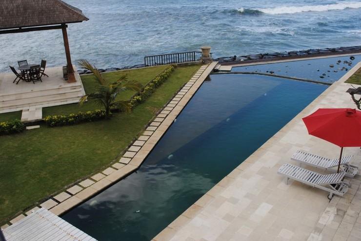 Suarti Resort Villas & Gallery Bali - Hotel Around