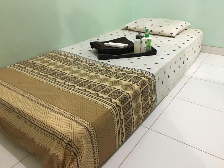 Omah Babah Tegal Tegal - Bedroom