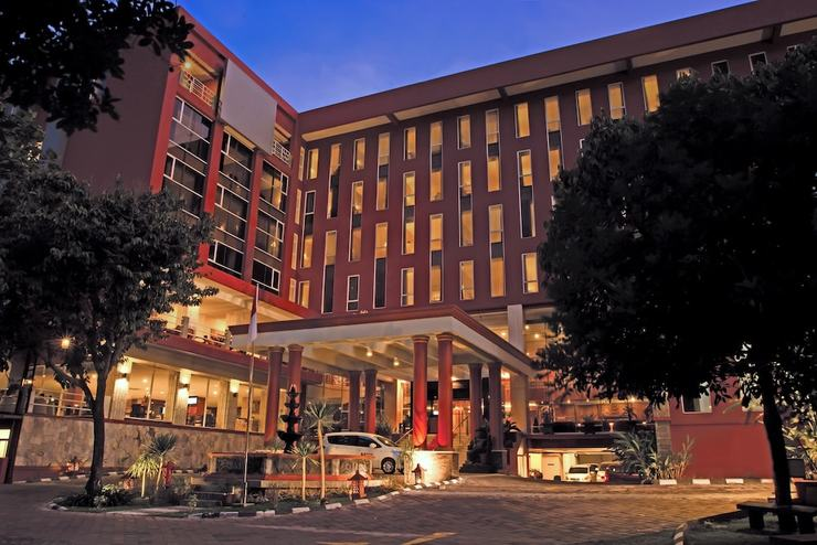 Merapi Merbabu Hotel Jogja - Featured Image