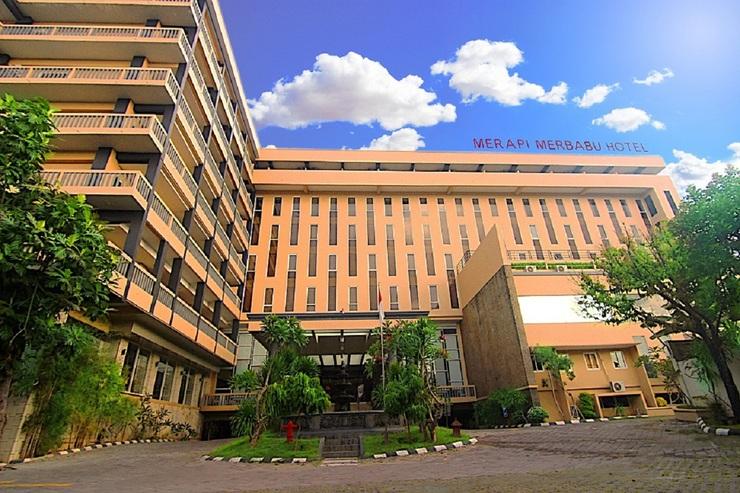 Merapi Merbabu Hotel Jogja - Bangunan Depan
