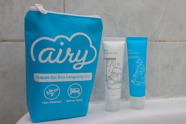 Airy Eco Syariah BSD Serpong Pondok Cempaka Satu 13  Tangerang - Bathroom Amenities