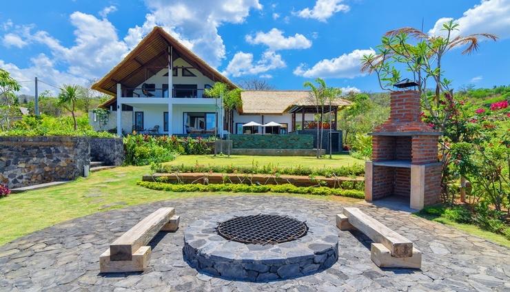 Villa Lakshmi Bali - Facade